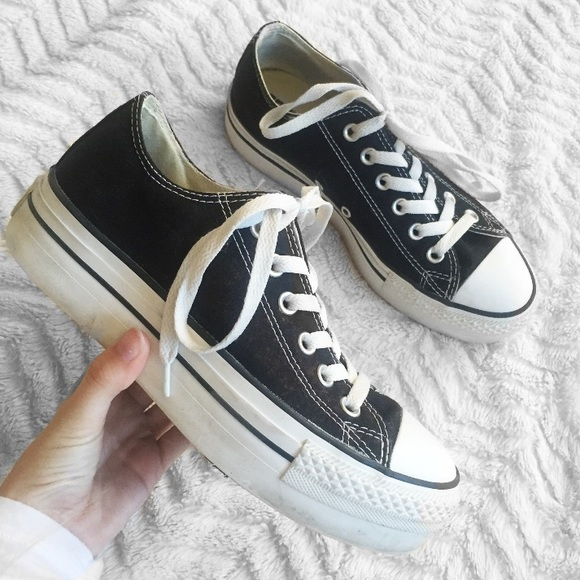 d8a4a3891b Authentic Black Platform Converse Low Tops